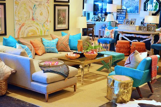 Mecox Dallas readies for the new spring season ahead with bright, bold colors and fun prints and patterns.