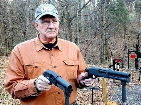 Serbu Super Shorty 12 Gauge Los guardaespaldas del Servicio de Seguridad también son entrenados en el uso de armas de fuego de combate cercano como la escopeta Remington Modelo 870. Esta arma en particular es una escopeta de acción de bombeo que comenzó su vida hace unos 50 años como un arma de fuego de caza. Desde principios de la década de 1970, la escopeta fue elegida por los militares y, finalmente, incorporada en los arsenales de servicios especiales. El sitio web de World Gun dice que…