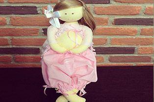 06/03/2014 Boneca grávida – Mariza Paiva