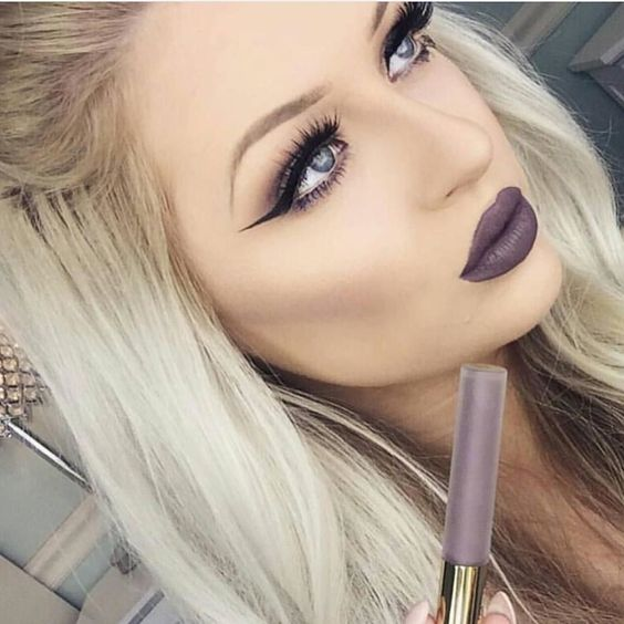 A grape grey is one way to describe Gravity liquid lipstick  pick up your choice of 3 colors for $35 when you shop the SALE tab. @babsbeauty_ always killing it #GCLOVE #gerardcosmetics by gerardcosmetics