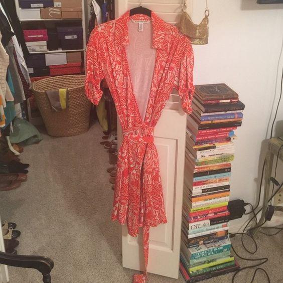 DVF Wrap Dress DVF Signature wrap dress. EUC. Diane von Furstenberg Dresses Midi