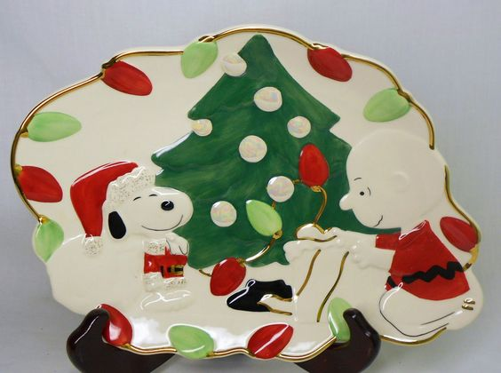 Lenox snoopy 39 s christmas canape plate server charlie brown for Christmas canape plates