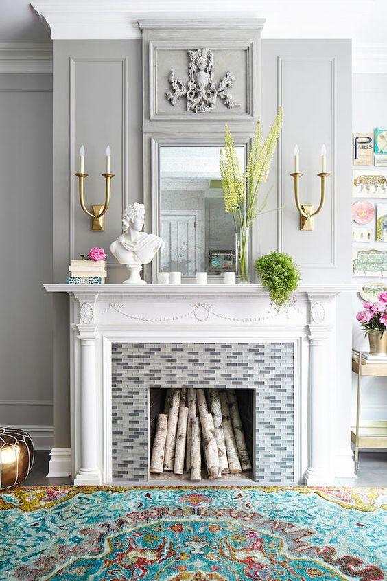Modest Living Room Home Decor