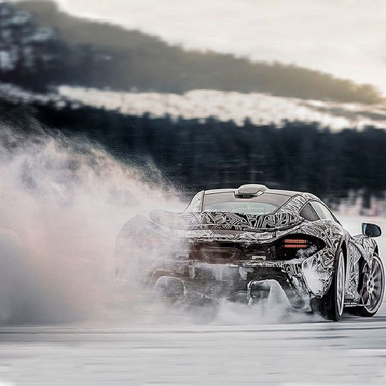 Winter hooning a #mclarenp1 #winter #snow #drift #fun #hoon #supercar #love #picoftheday #instagood #igers #igdaily #xsauto #bornauto #xenonsupply