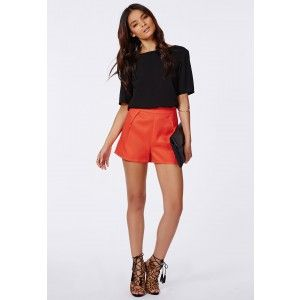 Ruby Textured Pleat Detail Shorts Orange - Shorts - Missguided