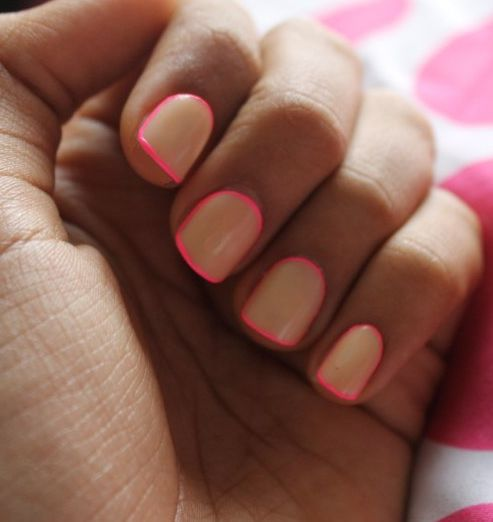 Nude base + bright outline LOVE. I could never do it myself but I'd def show it to a my nail lady!