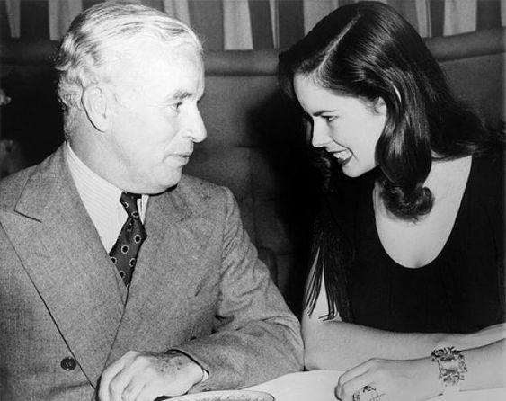 Charlie Chaplin with his wife (1944)