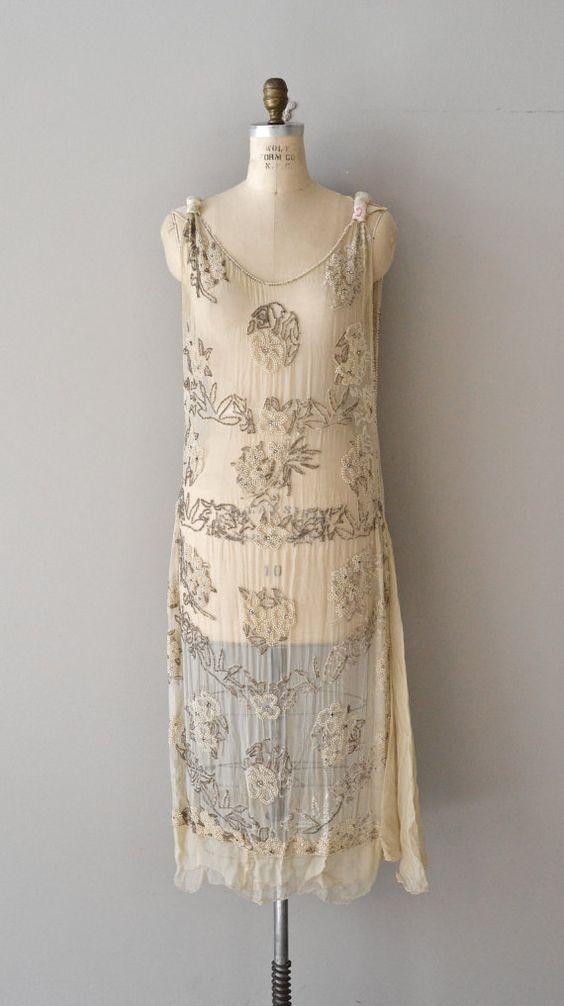 Fran ais 75 vintage robe des ann es 20 20 s de perles - Robe annee 20 ...