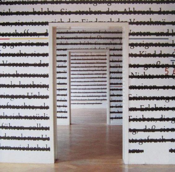 """""""Zero & Not"""" (1985-1986), Joseph Kosuth (Toledo, EE. UU., 1945) es un artista estadounidense. Estudia en Toledo (1965) y completa su formación en la School of Visual Arts de Nueva York. Pronto se convierte en importante líder del arte conceptual, llegando al rechazo absoluto de cualquier tipo de producción de obras, debido a su carácter ornamental."""