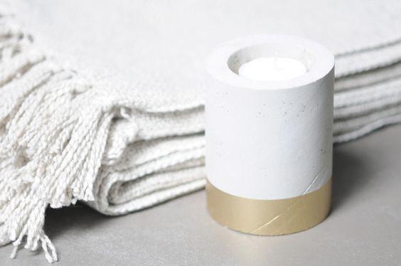 Teelichthalter - Beton Zement Teelichthalter Kerzenhalter gold - ein Designerstück von Werkart bei DaWanda