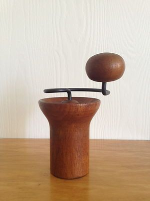 // Pepper Mill