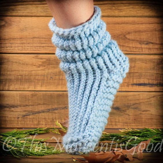 Loom Knitting Patterns For Slippers : Loom knit, Knit slippers and Loom on Pinterest