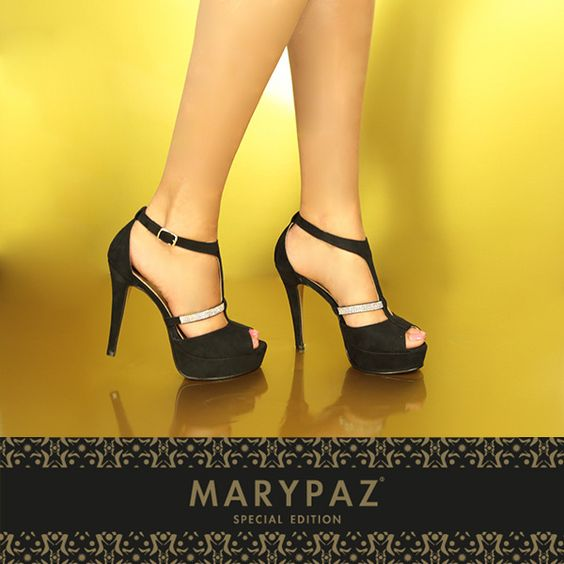Compartimos con vosotras uno de nuestros productos Special Edition by MARYPAZ.  Shop at ► http://www.marypaz.com/tienda-online/sandalia-de-tacon-y-plataforma-en-t-con-strass.html?sku=71844-42  Una colección limitada y exclusiva con zapatos y bolsos, diseñados y fabricados en España.  Sólo podrás encontrarla en nuestra tienda online y en una selección de tiendas.  Online Store ► http://www.marypaz.com/tienda-online/special-edition.html  #specialedition #primavera #productosdetemporada…
