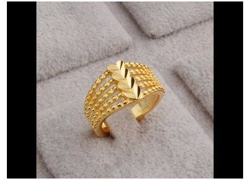 Stylish Gold Rings Designs With Weight