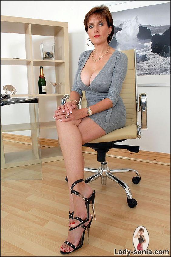 Lady Sonia Nude Photos 73