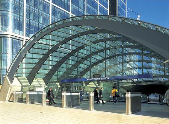 canary-wharf-underground-station
