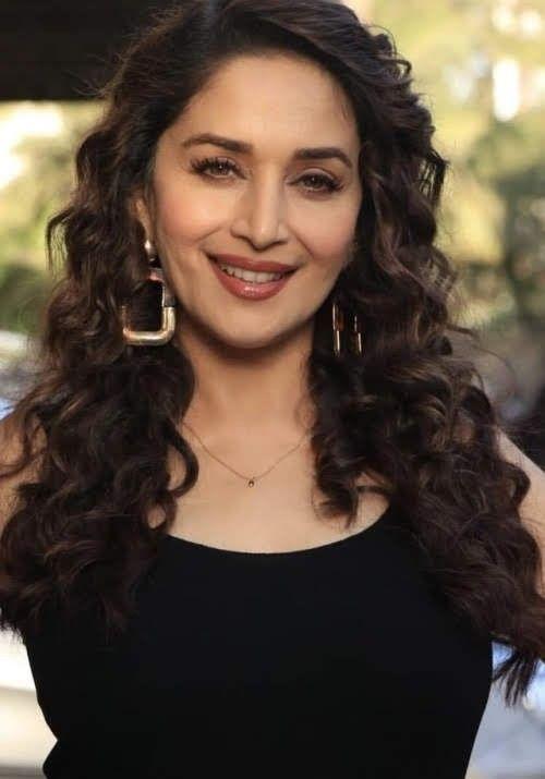 Pin By Pravat Nayak On Madhuri Dixit Hair Styles Fashion Tips Curly Hair Styles