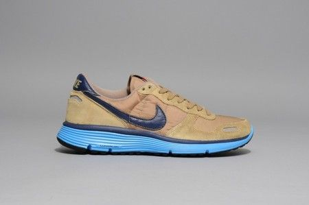 Nike : nike-vortex-vintage-lunar-qs-1