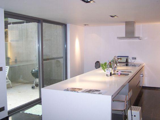 Inbouw/opbouw spots op een ligt verlaagd plafond. - Keuken  Pinterest