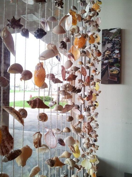 Seashell Curtain, Cool Seashell Project Ideas, http://hative.com/cool-seashell-project-ideas/,: