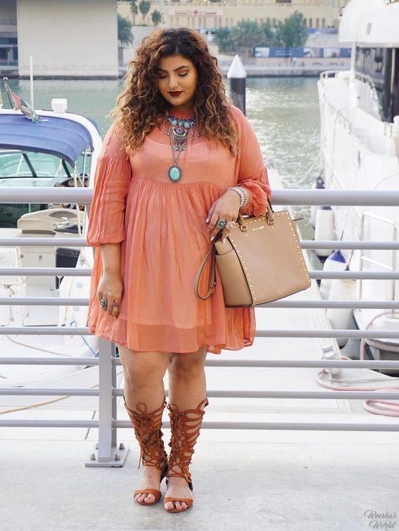 Fashion Blogger Spotlight: LuAnne of Weesha's World http://thecurvyfashionista.com/2016/09/fashion-blogger-spotlight-luanne-of-weeshas-world/