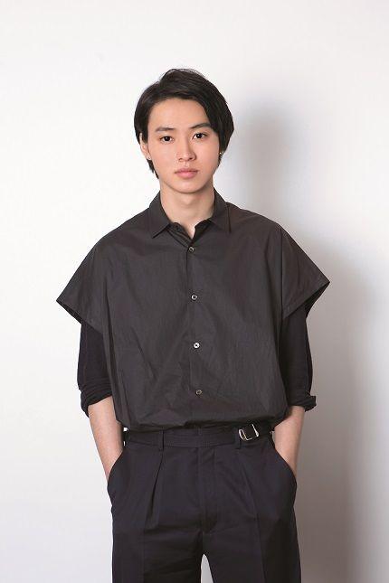 男っぽい雰囲気の山崎賢人のかわいい画像