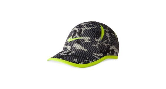 Nike Little Boys' Graphic Feather Light Cap