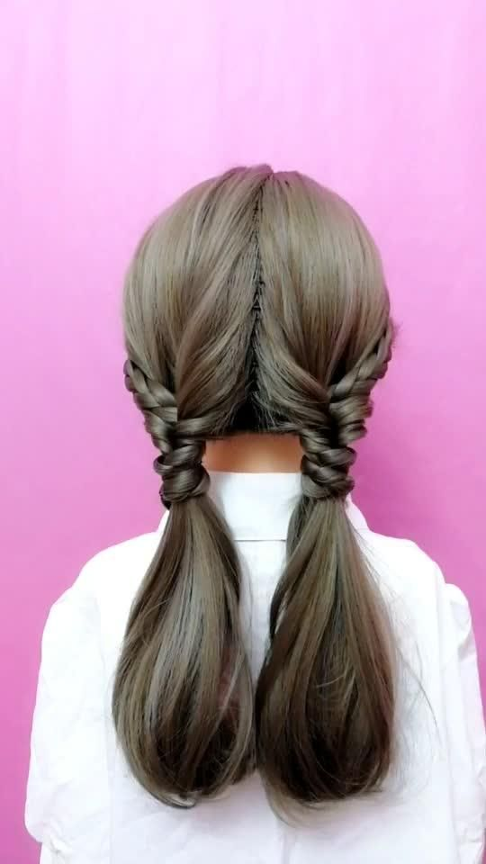 Tutorial For You S Short Video With I M A Mess Hairstyle Long Hair Styles Short Hair Styles