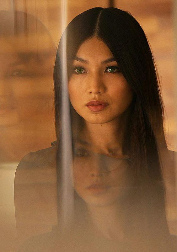 First look at Gemma Chan in new sci-fi series Humans #interesting Hashtags: #Majestic #Android