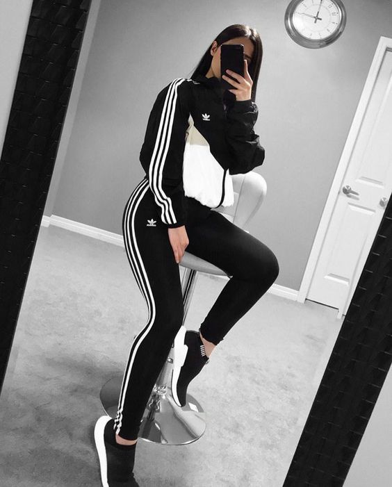 cartucho En la cabeza de Plata  Awesome Adidas Legging Outfits Ideas to Steal - Fancy Ideas about  Everything   Outfits with leggings, Adidas leggings outfit, Adidas outfit  women
