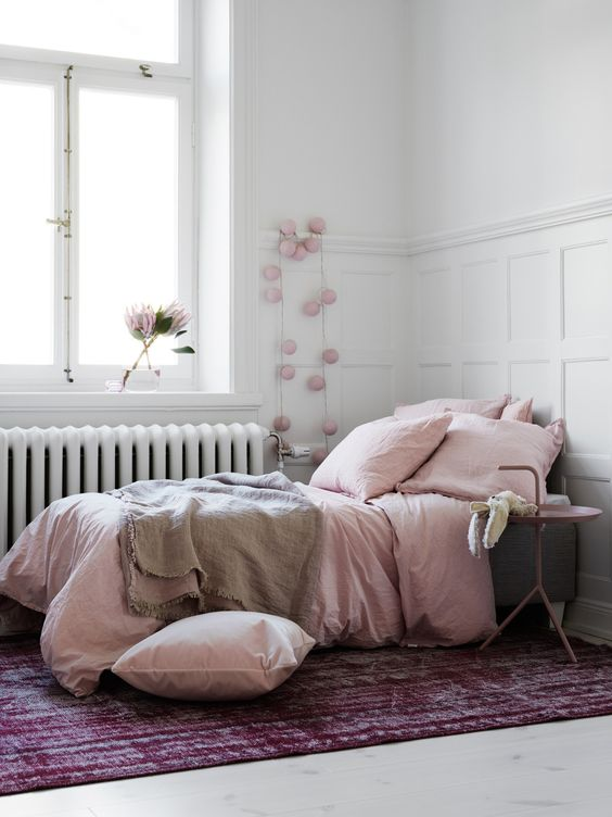 Pink bedroom. Photography by Kristofer Johnsson for Residence...: