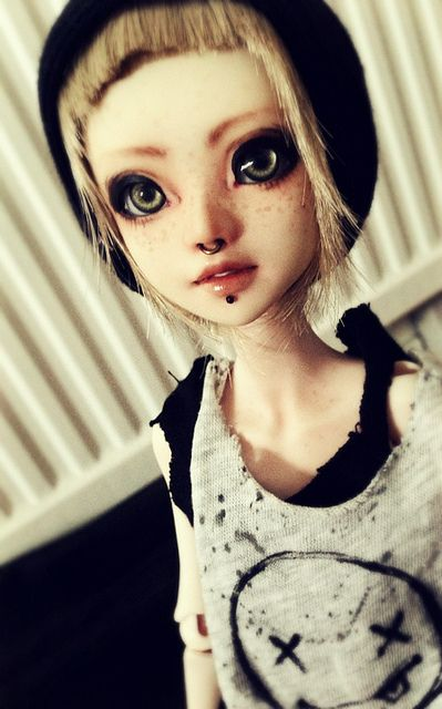 """Lucy -- people are making their own punk rock dolls up to 30"""". Very asian - very realistic, ball jointed (bjd -= ball jointed doll ) --"""