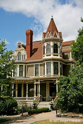 More victorian houses victorian house minnesota home dream houses