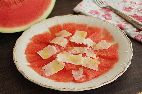 Carpaccio de sandia www.cocinandoentreolivos.com :Sandía Queso Grana Padano Aceite de oliva virgen extra