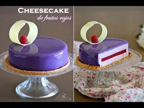 Cheesecake de frutos rojos y glaseado violeta brillante - YouTube