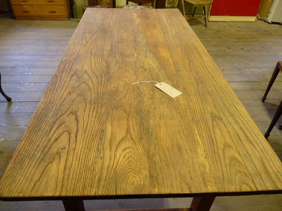 Refectory Table showing the beautiful grain