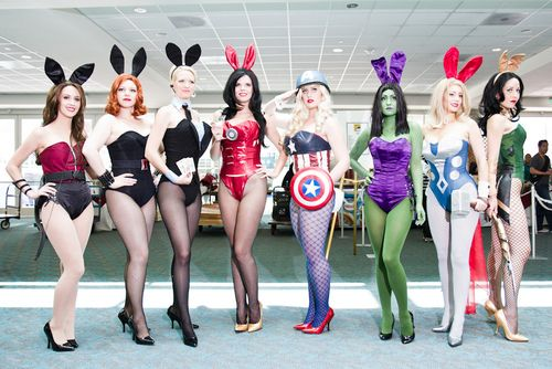 dumtweedledee: keaneoncomics: Playboy Bunny... (cosplay,hawkeye,black widow,agent coulson,ironman,cpt. america,hulk,thor,loki)