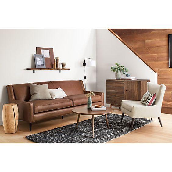 Khi mua sofa thật tphcm nên quan tâm đến chính sách hậu mãi