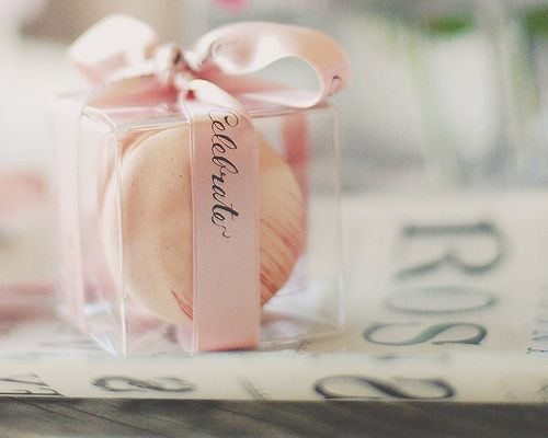 French Wedding Gifts: Bags, Macaroons And Plants On Pinterest