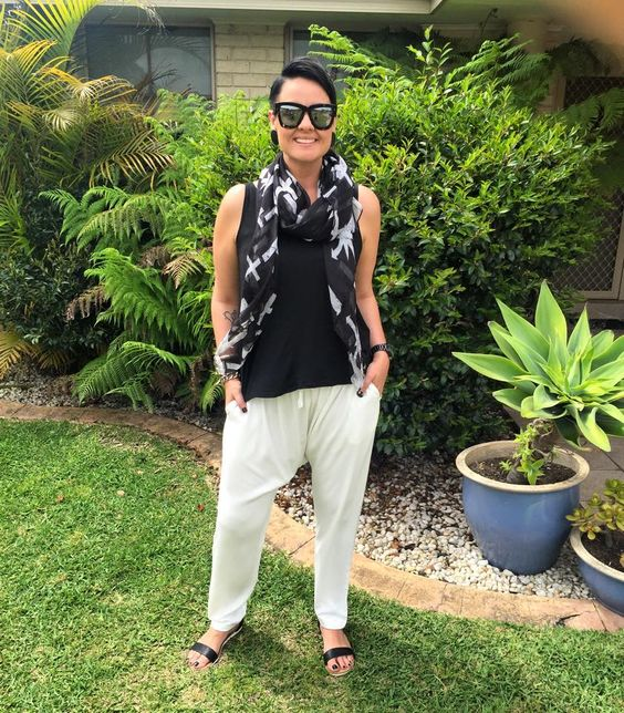 Sunday vibes ✔️ Black singlet + White drop crutch pants by SHOP Styled by Jade Sandals by Famous Footwear Australia #styledbyjade #shopstyledbyjade #sbjstyle #monochrome #sunday #vibes