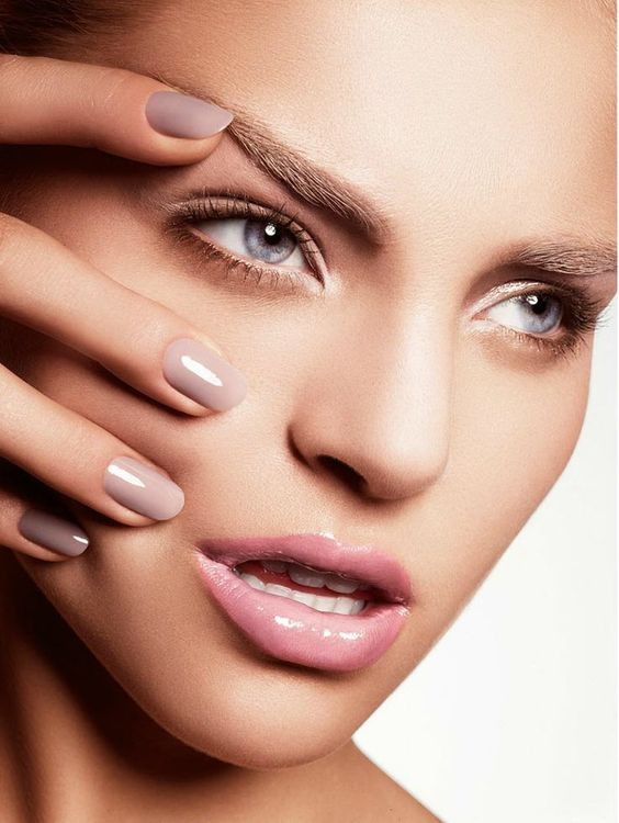 #Glossy #Lips #Nails #Trend #nude #Makeup #Skincare #Lakme