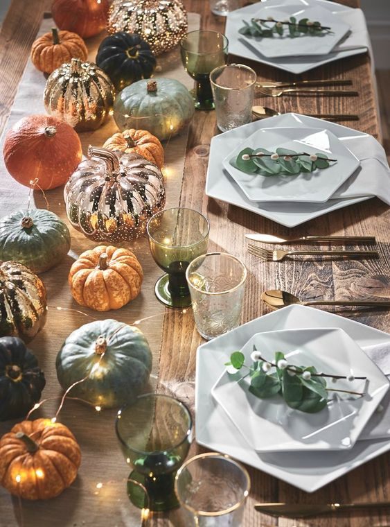 Autumn decor tips! Combine miniature pumpkins in different colours with our rose gold mottled pumpkin and a twist of copper micro fairy lights.