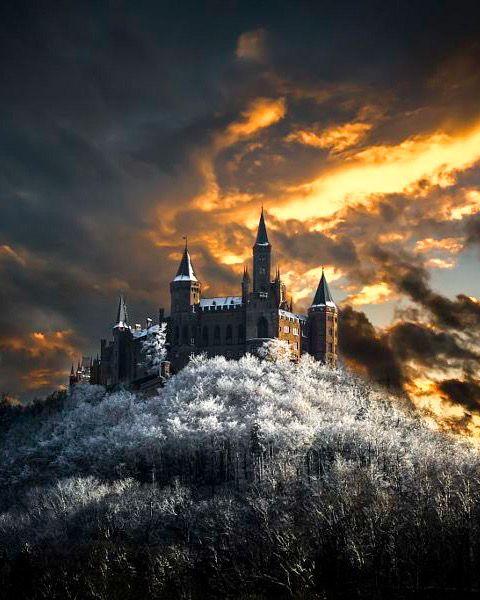 Golden Hour At Hohenzollern Castle Germany By Bobby Gonz Deutschland Burgen Burgen Und Schlosser Schloss Neuschwanstein