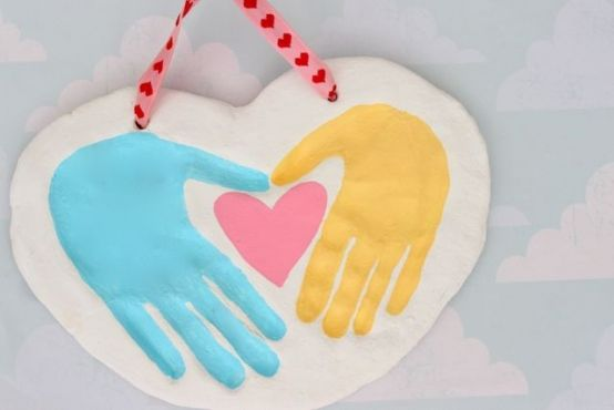 Paso a paso: huellas formando un corazón | Blog de BabyCenter