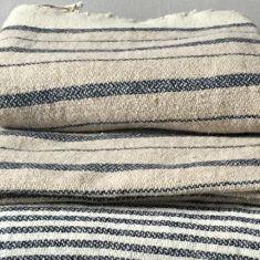 Throws | Textiles | Larusi