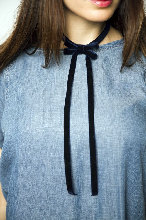 Velvet Chocker | CUGGO | Wear Your Personality