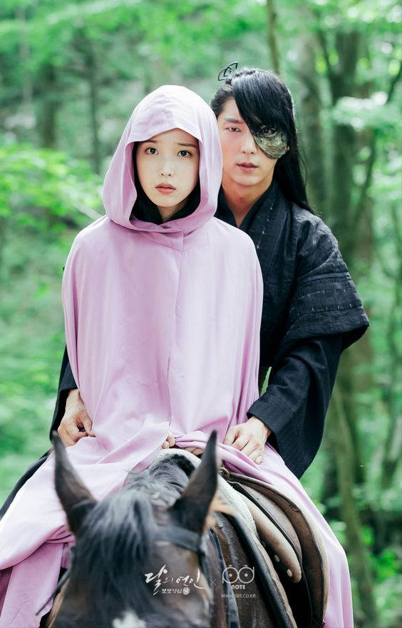 Moon Lovers: Scarlet Heart - Have really liked this fusion historical so far but I'm having  a hard time picturing it ending happily...:
