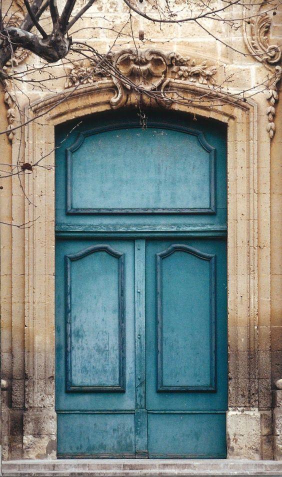 Front door colors front doors and doors on pinterest for Nice front doors