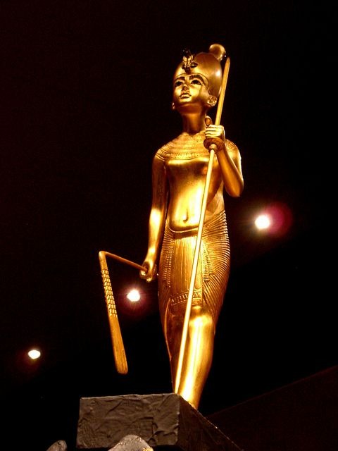 Tutankhamun wearing the Hedjet, the crown of Upper Egypt by The Adventurous Eye, via Flickr