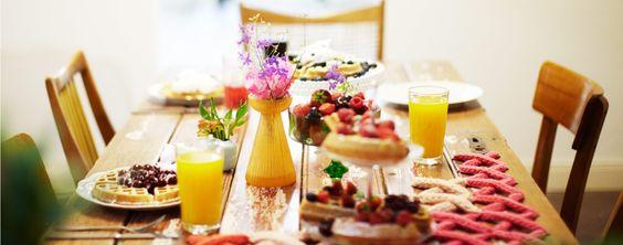Salon Wechsel Dich Cafe und Wohnaccessoires Sowohl Tische, Stühle, Teller, Tassen und weitere Wohn-Accessoires sind somit Funktion, Dekoration und zugleich auch Verkaufsware